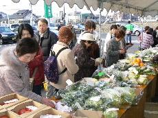 JA 海部東農業協同組合(あまひがし) -美和支店で春の農協まつり