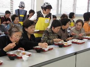 JA 海部東農業協同組合(あまひがし) -高齢者に笑顔を なの花の会が活動