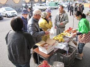 JA 海部東農業協同組合(あまひがし) -美和支店で農協祭りと餅つき体験を開催