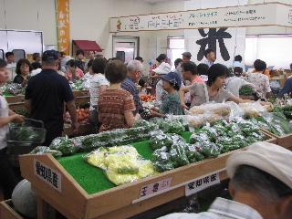 JA 海部東農業協同組合(あまひがし) -大盛況の大売出し