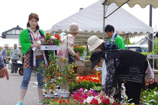JA 海部東農業協同組合(あまひがし) -神守支店が感謝祭を行う