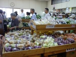 JA 海部東農業協同組合(あまひがし) -グリーンプラザリニューアルオープン記念売り出しを行う