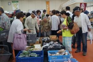JA 海部東農業協同組合(あまひがし) -グリーンプラザ大売出しを行う