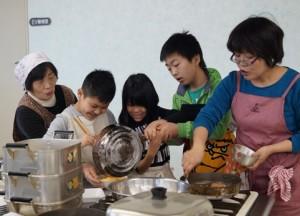 JA 海部東農業協同組合(あまひがし) -さつまいもを使った料理教室を行う