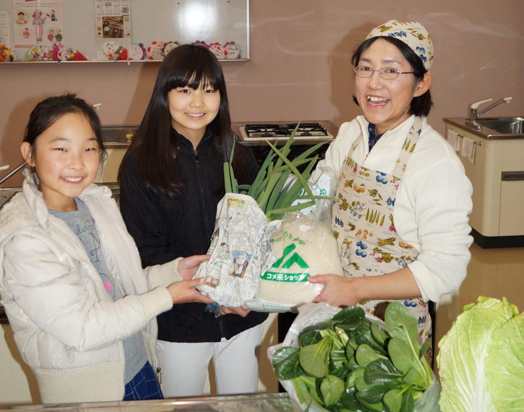 JA 海部東農業協同組合(あまひがし) -子どものうぎょうきょうどうくみあい 育てた野菜を料理教室に寄贈