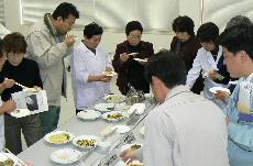 JA 海部東農業協同組合(あまひがし) -「越津ねぎ」料理を研究