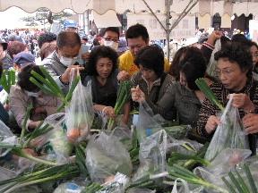 JA 海部東農業協同組合(あまひがし) -野菜即売で地域に貢献