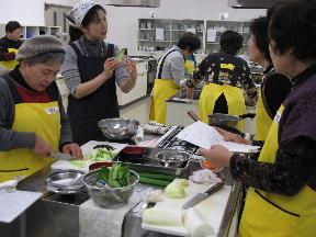 JA 海部東農業協同組合(あまひがし) -骨粗鬆症(こつそしょうしょう)予防の料理を学ぶ