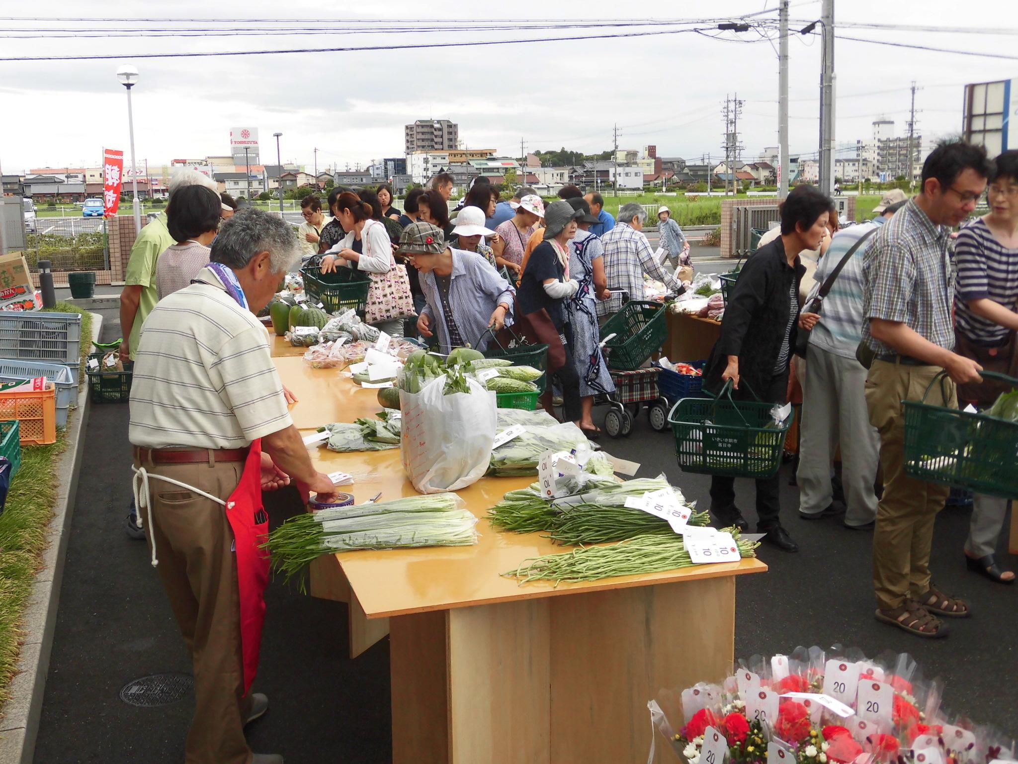 JA 海部東農業協同組合(あまひがし) -いきいき朝市甚目寺 一周年記念セールを開催