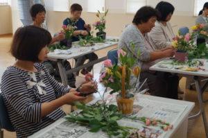 JA 海部東農業協同組合(あまひがし) -季節の花を生ける