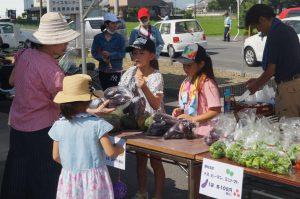 JA 海部東農業協同組合(あまひがし) -グリーンプラザ夏祭り特売会 JA海部東Dream Jr. 野菜を販売